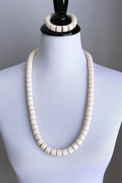 Off-white igbo Nigerian Wedding necklace for men - Afrilege