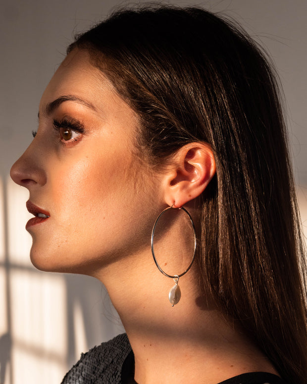 Oyster Hoop Earrings - ShopAuthentique