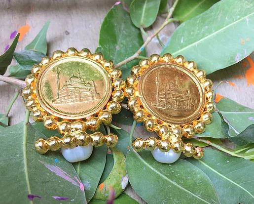 Le chateau earrings - ShopAuthentique
