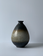 Dark Brown Ombre Pottery Vase (Small) - ShopAuthentique