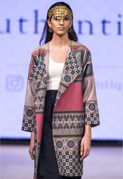 Runway Collection Tourmaline Room Coat - ShopAuthentique