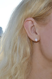 The Mes Me Rize White Earrings - ShopAuthentique