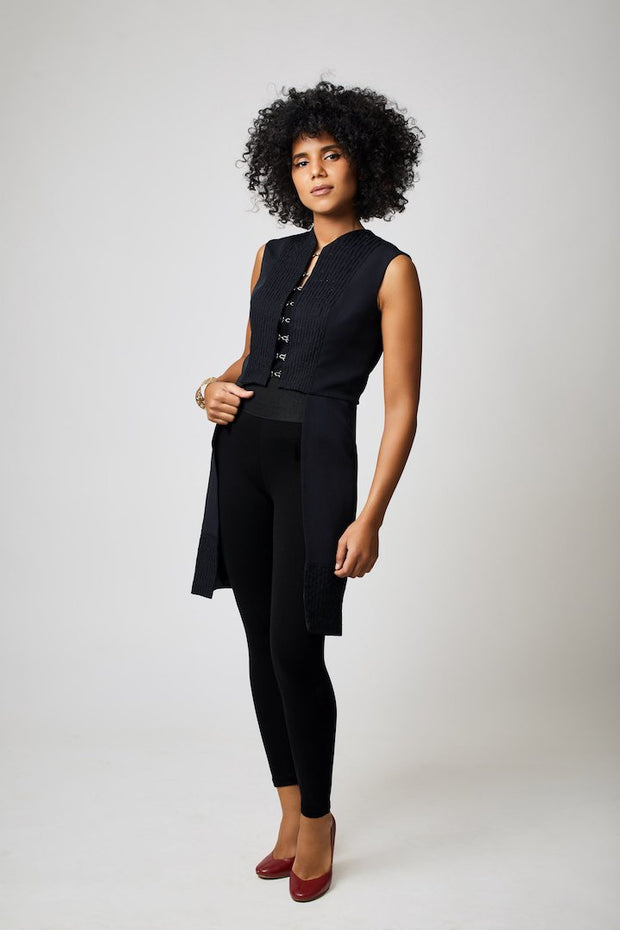 The Sayeda Vest | Black - ShopAuthentique