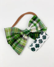 Load image into Gallery viewer, Single Clip | Shamrock Faux Leather