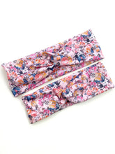 Load image into Gallery viewer, Ribbed Twist Wrap | Floral | Small