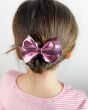Load image into Gallery viewer, Loop Bow | Passion Pink | Clip
