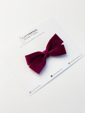 Petite Loop Bow | Mulberry Vegan Suede | Clip