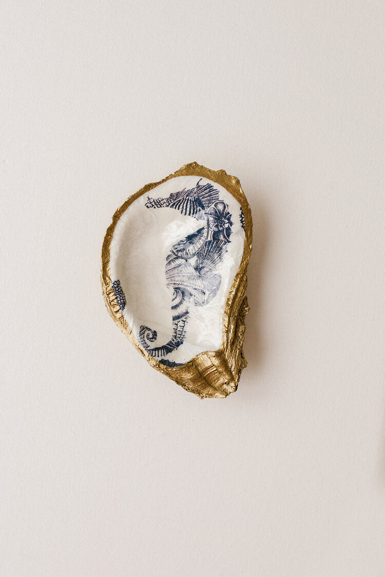 "GRIT & GRACE STUDIO - Decoupage Oyster Jewelry Dish ""Seahorse"""