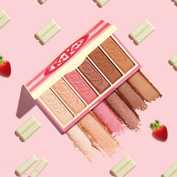 ETUDE HOUSE PLAY COLOR EYES MINI KITKAT STRAWBERRY TIRAMISU WITH POUCH