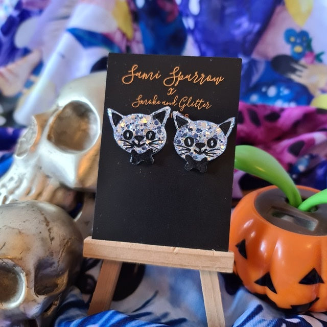 Kitty stud Silver - Smoke and Glitter Design Collaboration