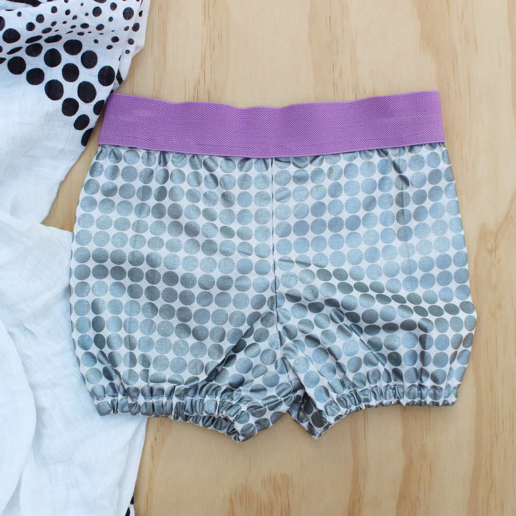 Metallic Shorties with Elastic Waistband - Size 0