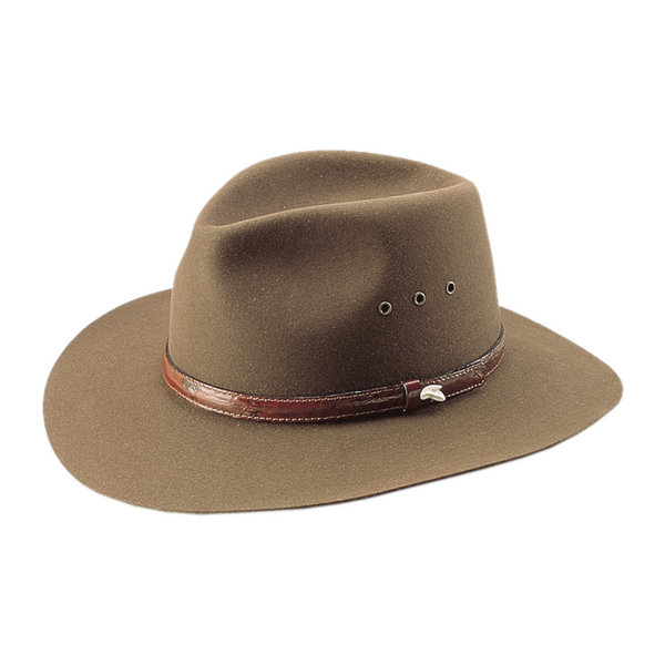 Angle view of Akubra Angler hat in regency fawn colour showing sharks tooth detail on brand.