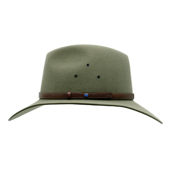 Side view of Akubra Coober Pedy hat in Bluegrass Green colour, showing opal detail in hat band.