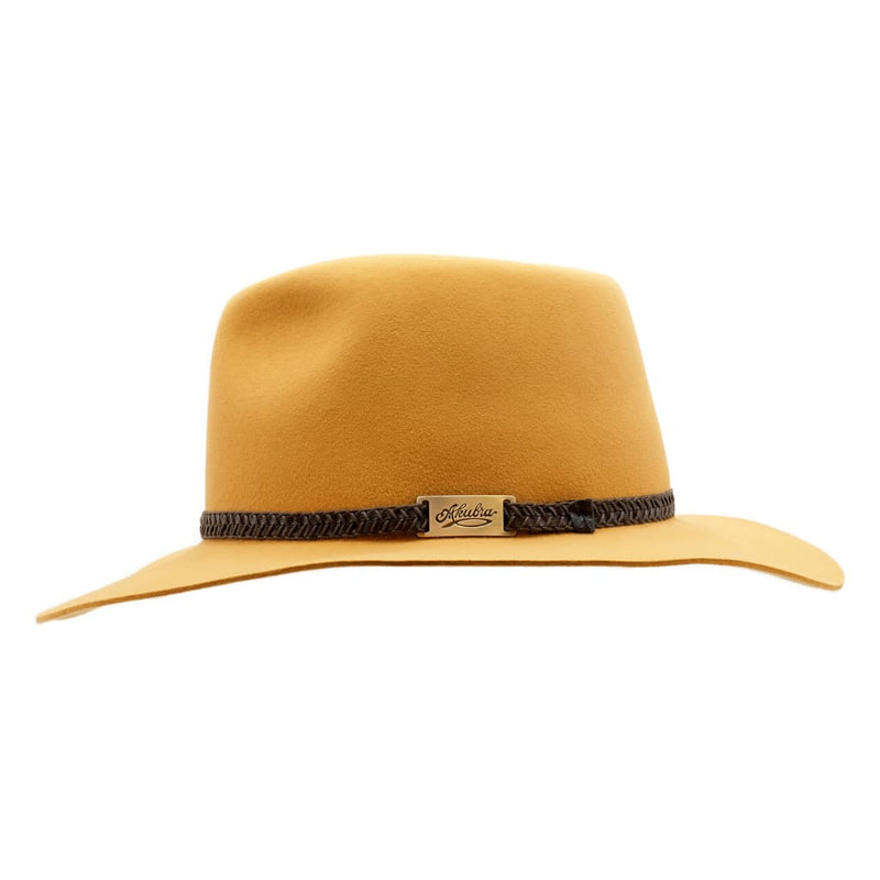 Side view of the Akubra Avalon hat in Ochre to show brim and crown shape and hat band detail.
