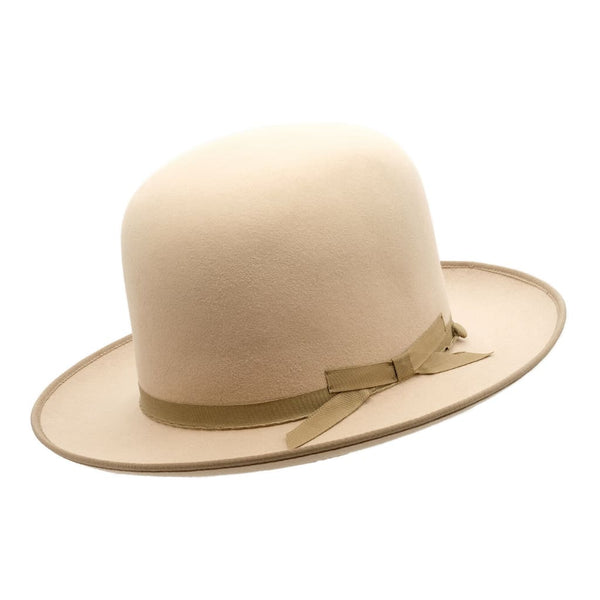 Angle view of Akubra Campdraft hat in Silver Belly colour, shown with open crown