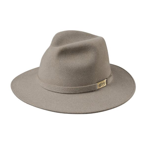 Angle view of Akubra Cappello hat in Natural colour showing brass badge on hat band.
