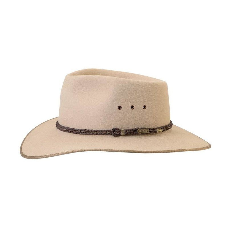 side view of Akubra Cattleman hat in Sand colour