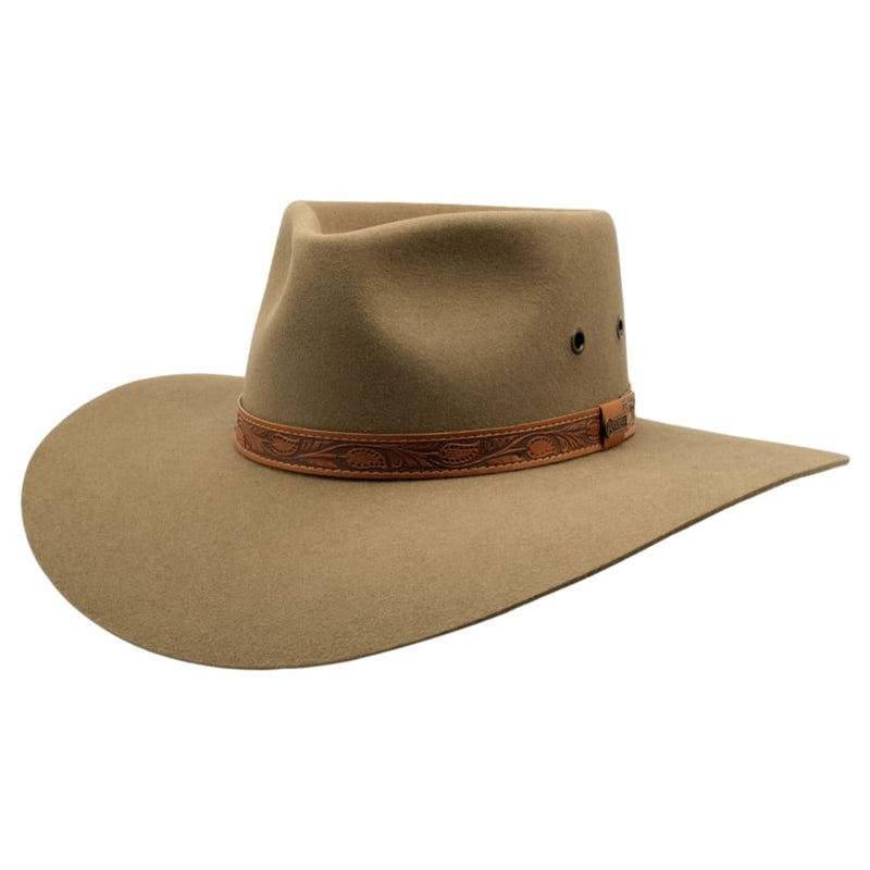 angle view of Akubra Territory hat in Santone colour