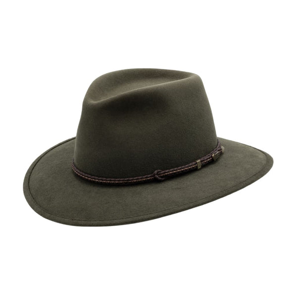 Angle view of Akubra Traveller hat in Fern colour