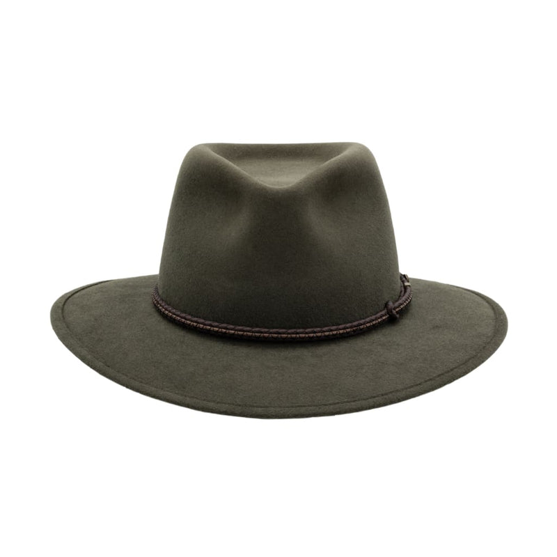 Front view of Akubra Traveller hat in Fern colour