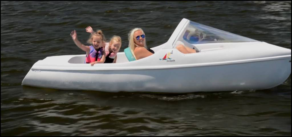 THE ESCAPADE PEDAL BOAT- NAUTICRAFT