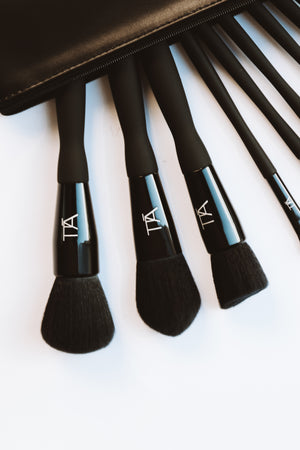 Sleek Black Diamond Brush Set