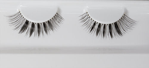 "The ""Modest"" Lashes"