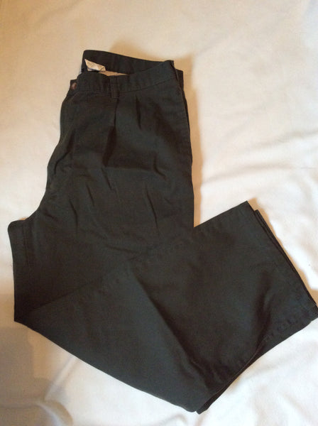 Adult Size: 38x32 / Puritan Pleated Slacks