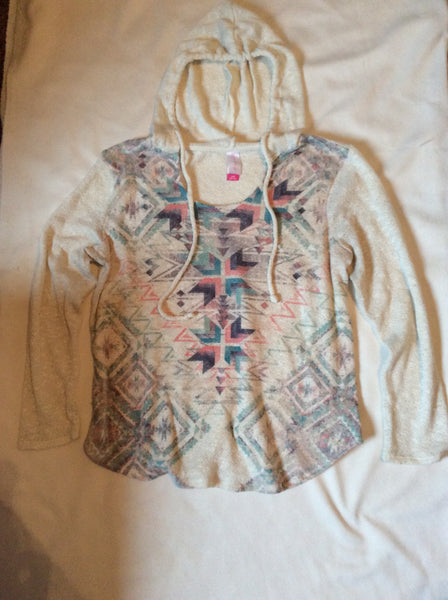 #069 Sz L(11-13) Hoodie Shirt - No Boundaries