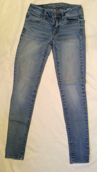 Adult Size: 0 / American Eagle Outfitters Super Stretch Jeggings Jeans