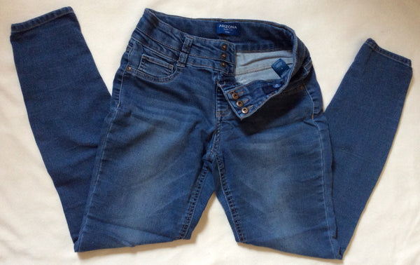 Kids Size: 16 / Arizona Jean Co. Skinny Stretch Jeans