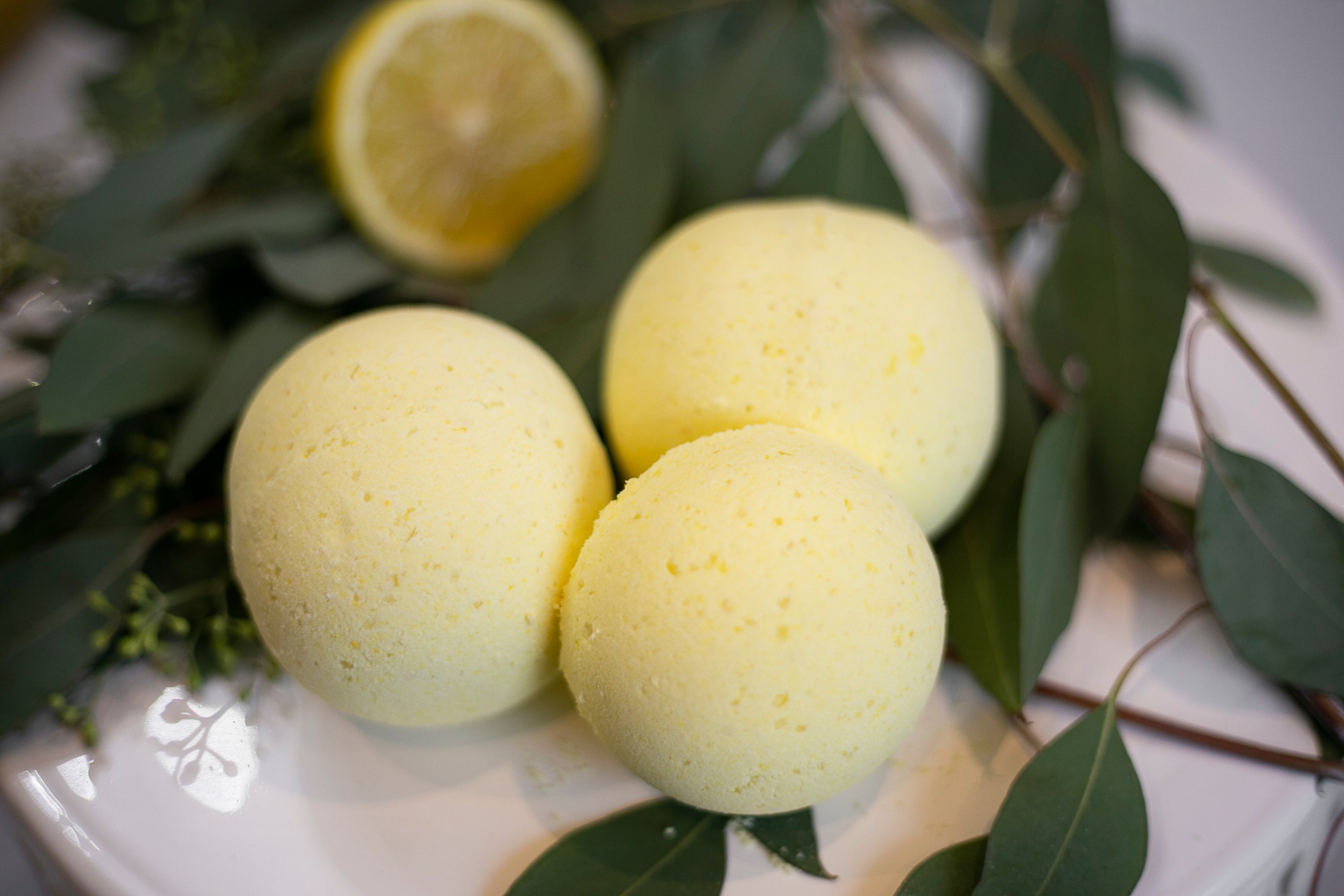 Lemon Eucalyptus Bath Bomb - Mother Mary Soap Company