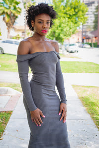 Off the Shoulder Body Dress