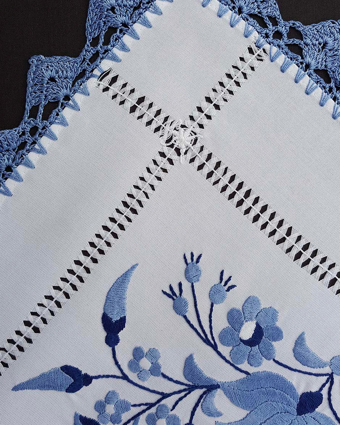 """Kalocsai"" style blue embroidered tablecloth 40cm x 88cm"