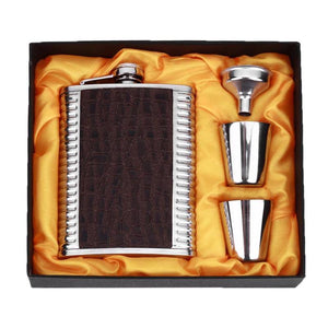 Leather with Ridged Metal Sides Flask with Funnel Cups and Gift Box (8 Oz.)[Variant_title] - FlaskMasters