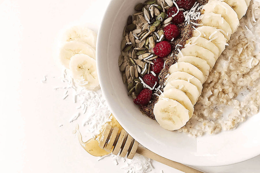 BANANA RASPBERRY OATMEAL PORRIDGE