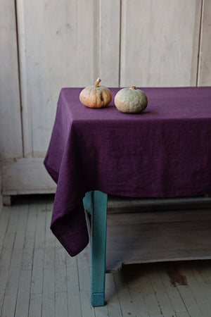 PLUM LINEN TABLECLOTH - Iconic Linen