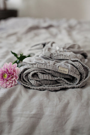 LIGHT GREY LINEN FITTED SHEET - Iconic Linen