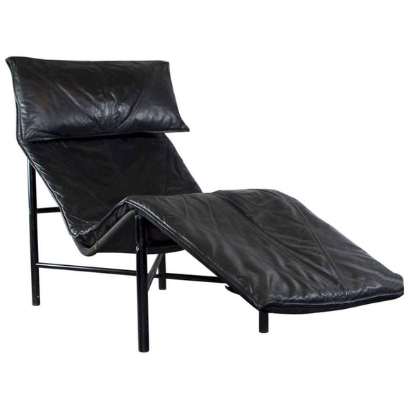 Tord Bjorklund Chaise Longue in Black Leather