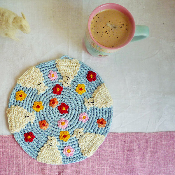 crochet sheep placemat by monikacrochet