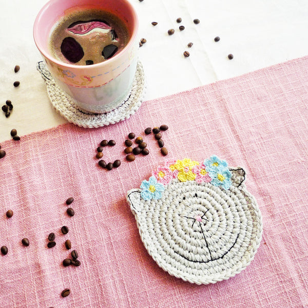crochet cat coaster
