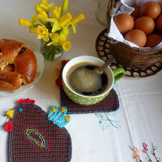 Funny Hen Crochet Coasters with Hand Embroidery