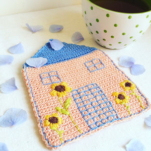 Crochet Pink House Coaster - Sunflower Kitchen Decor - MonikaCrochet