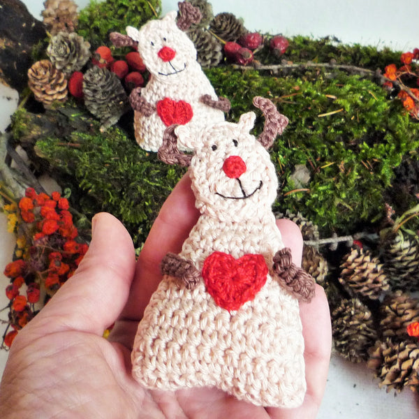 christmas reindeer crochet ornament