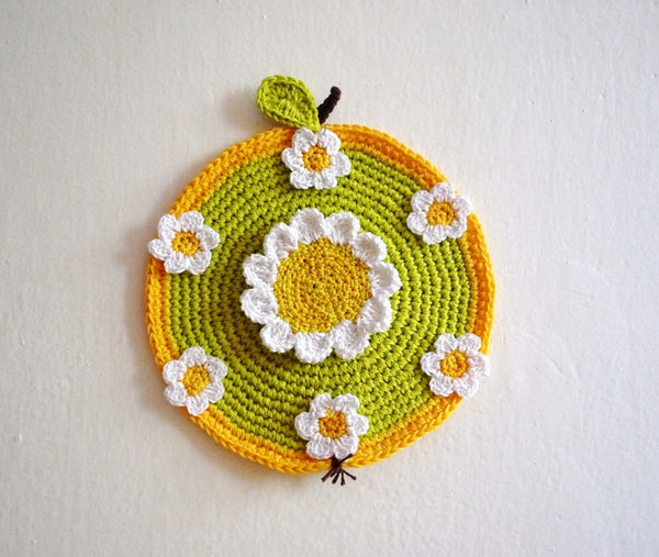 Green Apple Hot Pad by Monika Crochet