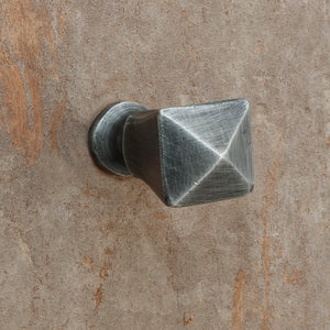 The Home Hand Forged Iron Hardware Iron Knob HC-1158-2.5x2.5x5.5CM
