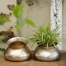 Load image into Gallery viewer, The Home Medium Round Planter Gold GD1225-A