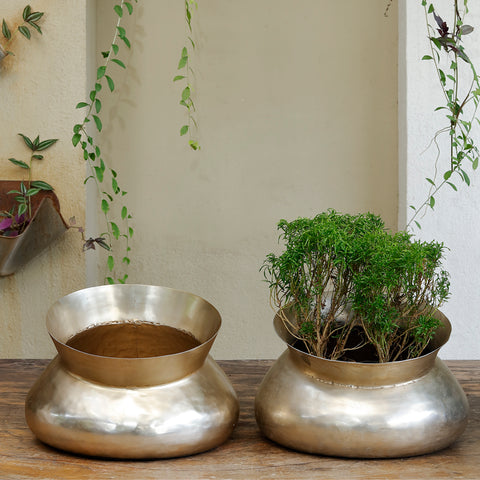 The Home Small Round Planter Gold GD1225-B