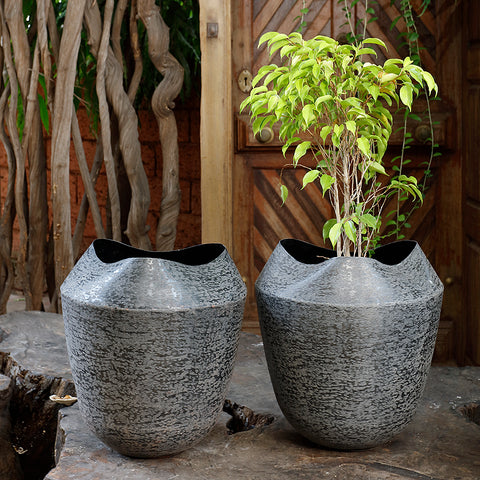 The Home Small Round Planter Minki Black MB1739-B
