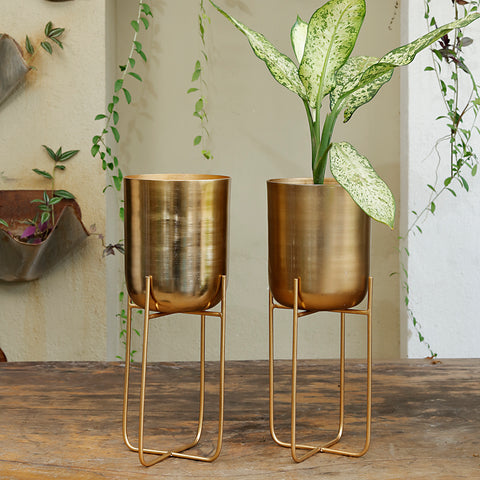 The Home Pot with Stand Planter Gold 1504-A